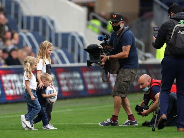 Rob Burrow's children deliveR the match ball