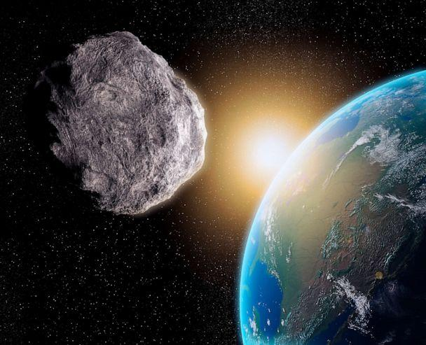 PHOTO: An illustration of a near-Earth asteroid is seen here. (Science Photo Library - Andrzej/Getty Images)