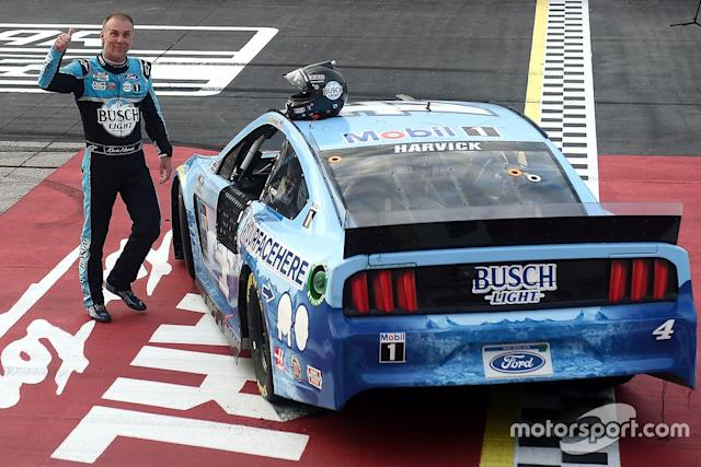 "Race Winner Kevin Harvick, Stewart-Haas Racing, Ford Mustang <span class=""copyright"">NASCAR Media</span>"