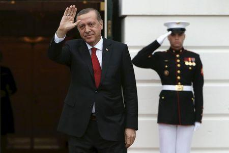 Turkish President Recep Tayyip Erdogan arrives for a working dinner with heads of delegations for the Nuclear Security Summit at the White House in Washington