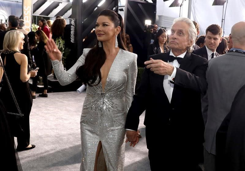 Michael Douglas, Zeta-Jones to co-host Jerusalem ceremony