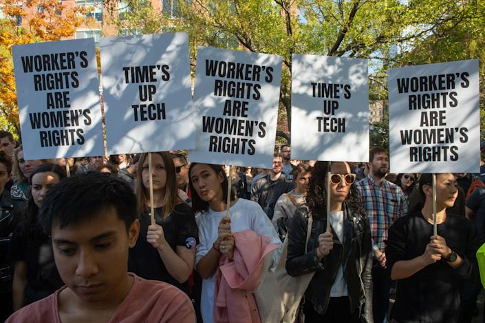 """<span class=""""s1"""">Google workers in New York walked out at 11:10 a.m. to protest sexual harassment. (Photo: Bryan R. Smith/AFP/Getty Images)</span>"""