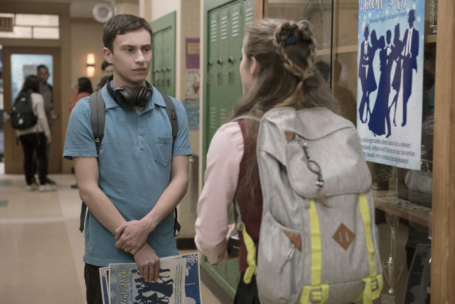 Keir Gilchrist in Netflix's <i>Atypical. </i>(Photo: Greg Gayne/Netflix)