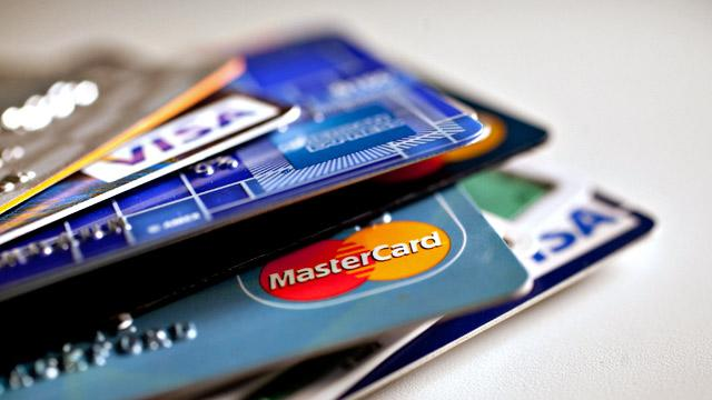 Credit Card Rates Rise to 4-Year High