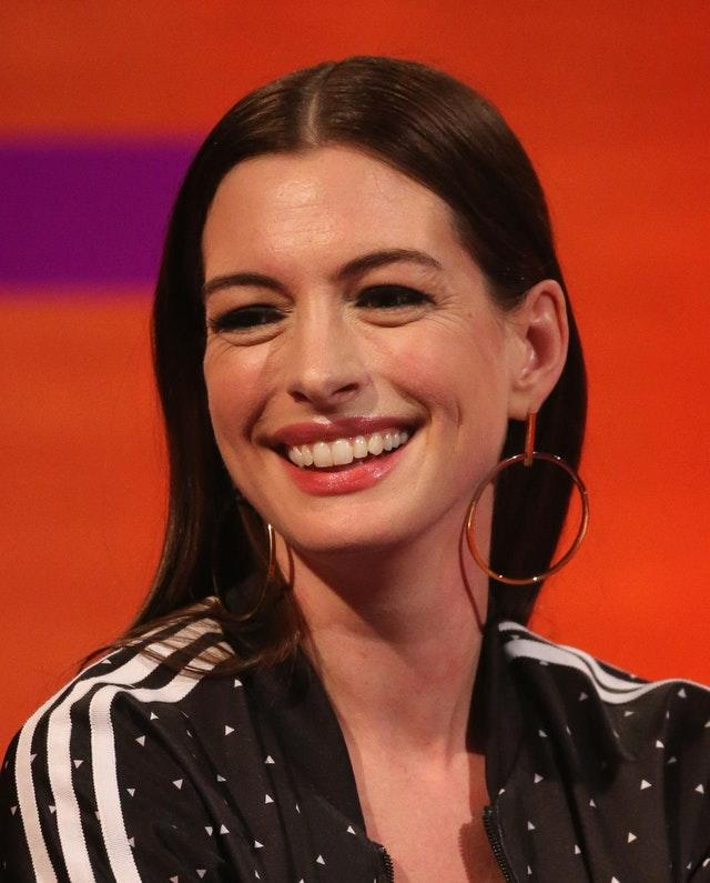 Anne Hathaway Comedy: Anne Hathaway: I Only Had One Week To Prepare For British