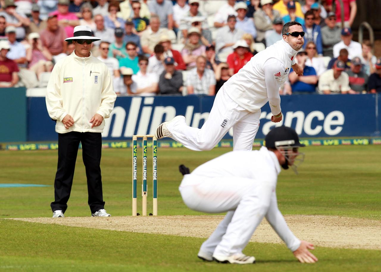 England's Kevin Pietersen bowls during day two of the International Warm up match at The County Ground, Chelmsford.