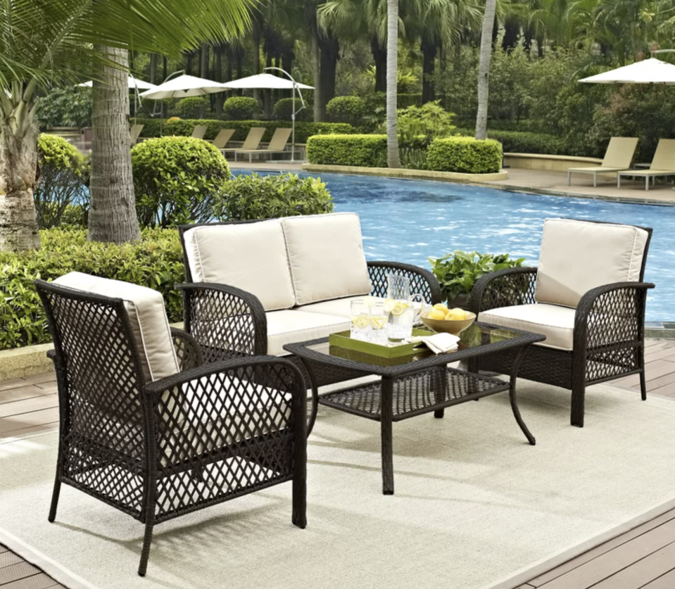 You'll have plenty of room for all your family gatherings. (Photo: Wayfair)