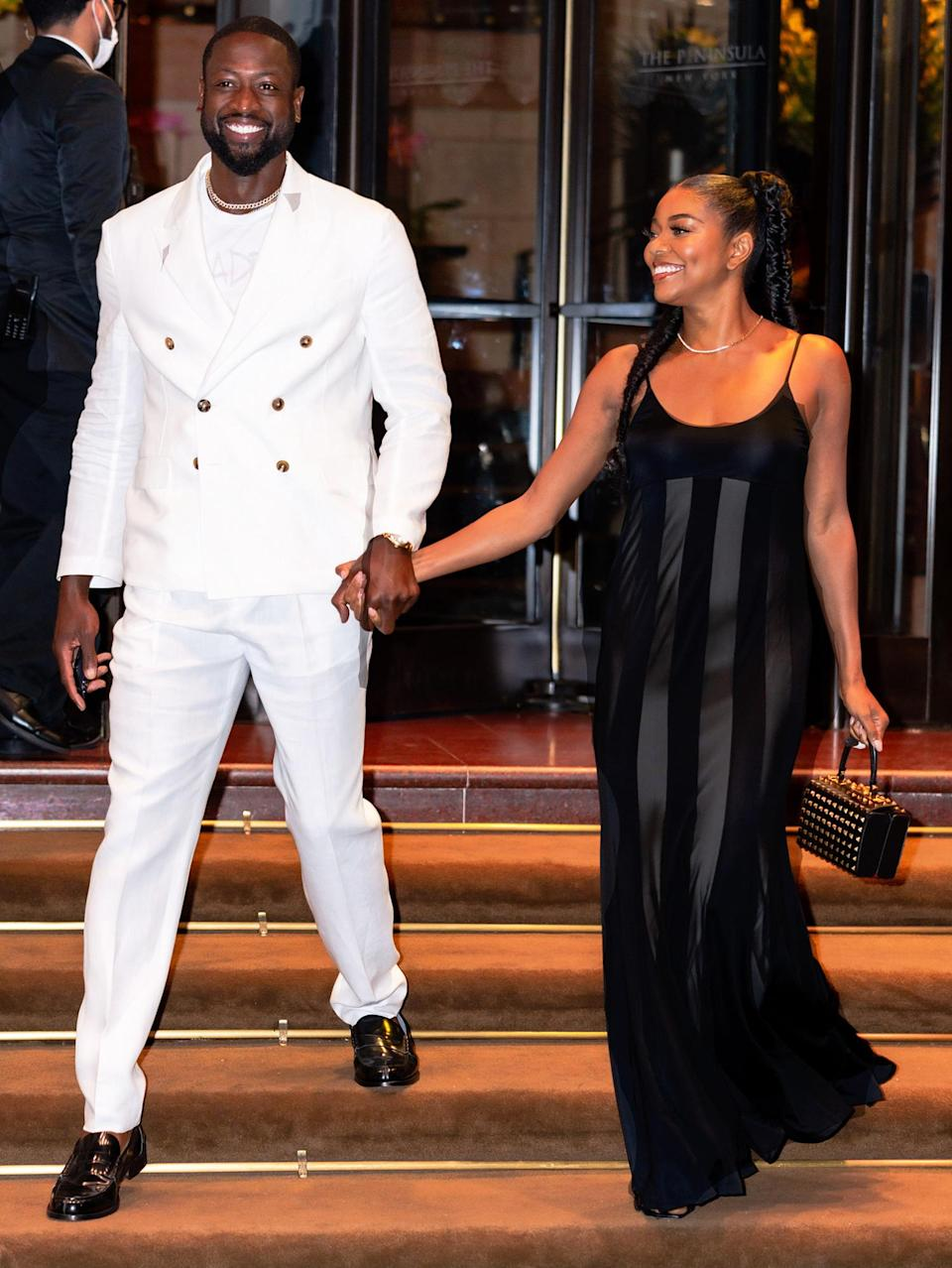 <p>Gabrielle Union and Dwyane Wade couldn't look better as they step out for date night in New York City.</p>