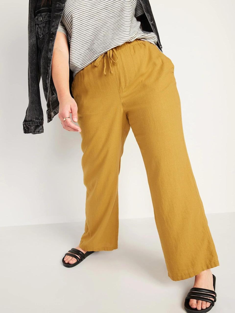 <p>These <span>Old Navy High-Waisted Wide-Leg Linen-Blend Pants</span> ($35) remind us of changing leaves and make a gold-star alternative to any standard khaki color for autumn.</p>
