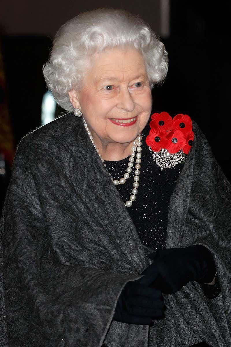 <p>Queen Elizabeth made an appearance for a night on the town with her perfectly coiffed curls.</p>