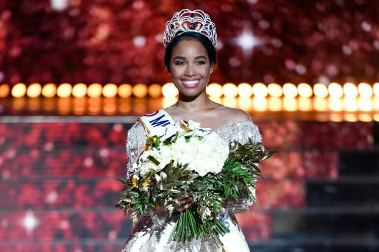 Newly elected Miss France 2020 Miss Guadeloupe Clemence Botino poses at the end of beauty contest in Marseille, on December 14, 2019. (AFP Photo/CHRISTOPHE SIMON)