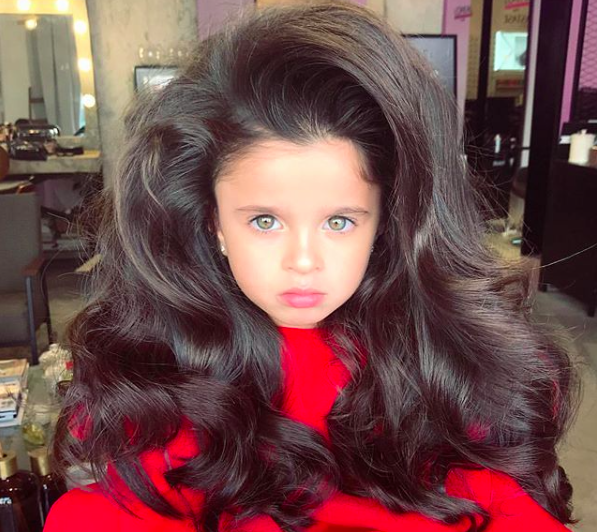 This little girl's hair is making her Insta-famous. (Photo: Getty Images)