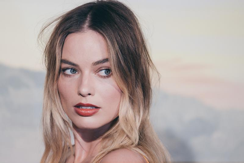 "Australian actress Margot Robbie poses during a photocall ahead of the Italian Premiere of Tarantino's latest movie ""Once Upon A Time In Hollywood"" in downtown Rome on August 2, 2019 (Photo by Luca Carlino/NurPhoto via Getty Images)"