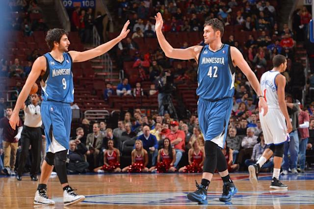 Timberwolves cruise past 76ers 126-95