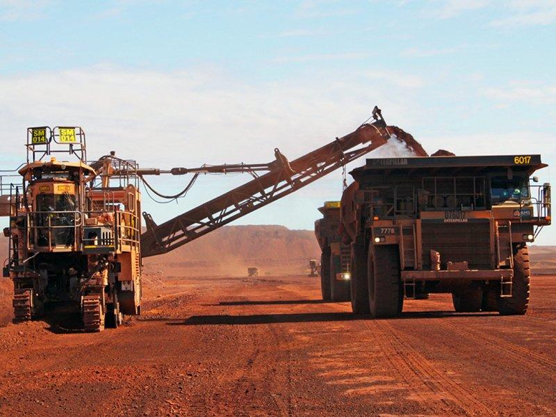 Fortescue told to raise cash