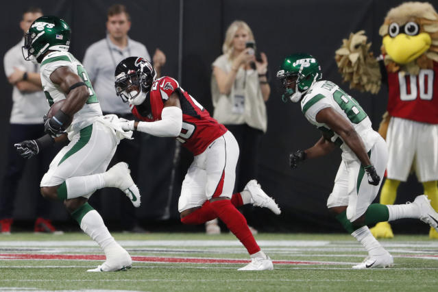 New York Jets running back Ty Montgomery (88) runs towards the end zone for a touchdown against the Atlanta Falcons during the first half an NFL preseason football game, Thursday, Aug. 15, 2019, in Atlanta. (AP Photo/John Bazemore)