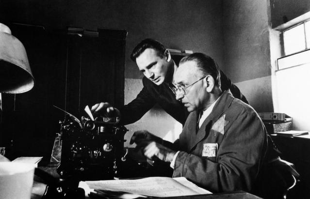 Liam Neeson and Sir Ben Kingsley in <em>Schindler's List</em>. (Photo: Universal/Courtesy of Everett Collection)