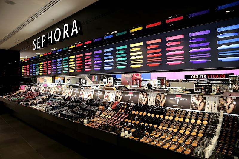 Sephora Launches Brave Beauty in the Face of Cancer Class