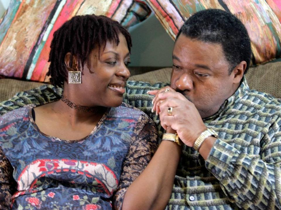 In 2006, The Star profiled the love story of husband and wife poets Stanley and Janet Banks.