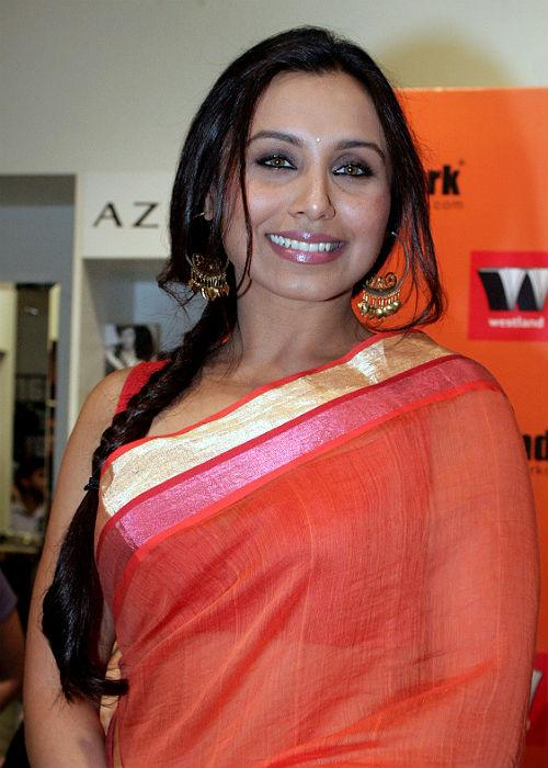 "<p class=""MsoNormal""><strong style="""">Rani Mukherjee:</b> <br>Sarees suit her best, but the braids would have scored better if it had more volume.</p>"