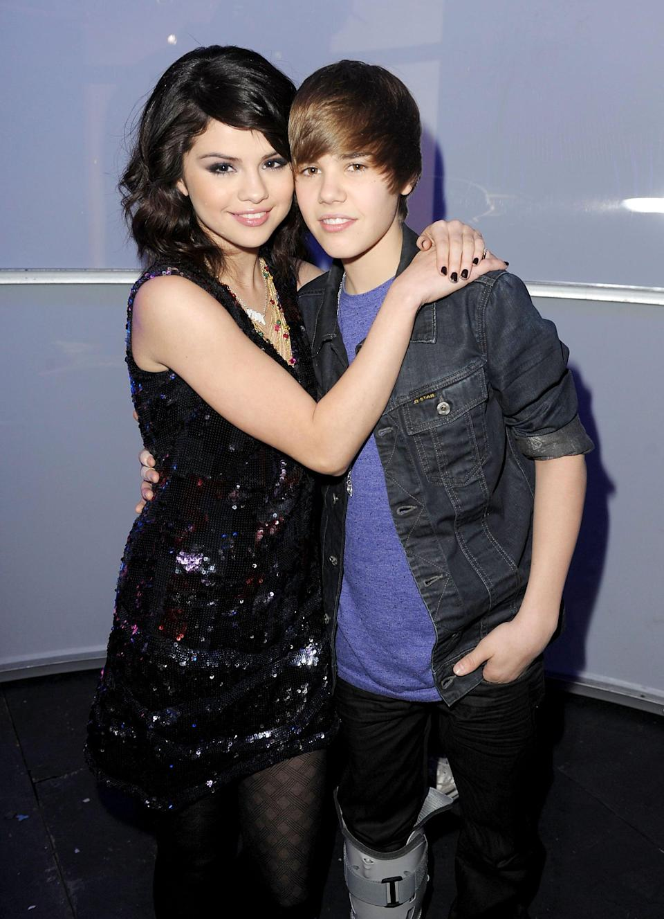<p>A young Selena and Justin Bieber hugged while attending New Year's Rockin' Eve in Las Vegas.</p>