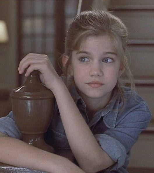 <p>Remember the adorable little girl who starred alongside Macaulay Culkin in 1991's <em>My Girl</em>, i.e. one of the saddest comedies of the '90s? She's all grown up now.</p>