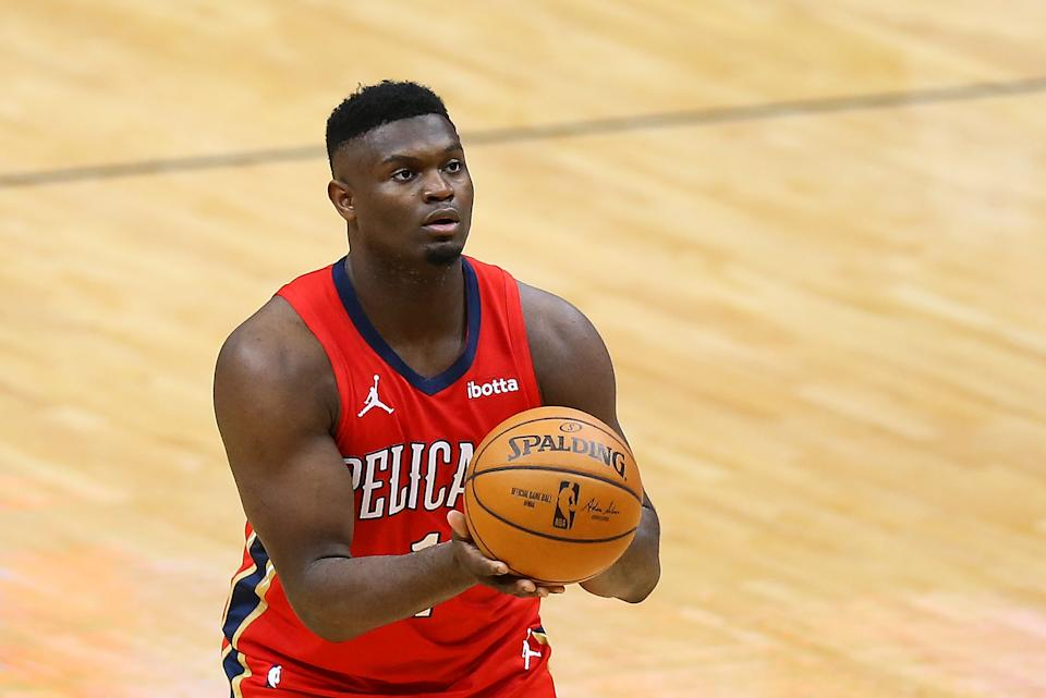 NEW ORLEANS, LOUISIANA - FEBRUARY 09: Zion Williamson #1 of the New Orleans Pelicans shoots against the Houston Rockets during the second half at the Smoothie King Center on February 09, 2021 in New Orleans, Louisiana. NOTE TO USER: User expressly acknowledges and agrees that, by downloading and or using this Photograph, user is consenting to the terms and conditions of the Getty Images License Agreement. (Photo by Jonathan Bachman/Getty Images)