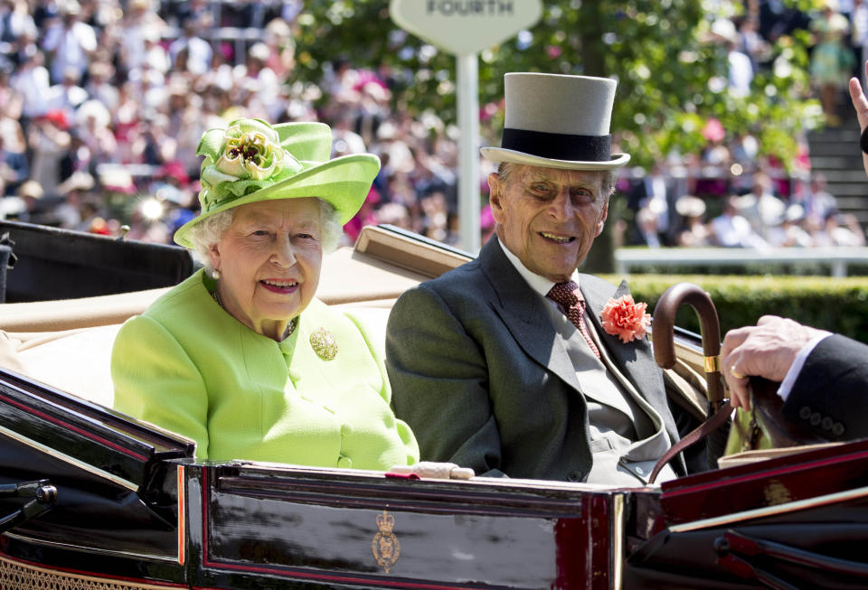 Photo by: KGC-178/STAR MAX/IPx 2021 4/9/21 The Duke of Edinburgh, Prince Philip, has passed away at age 99. STAR MAX File Photo: 6/20/17 Queen Elizabeth and Prince Philip, The Duke of Edinburgh, at day 1 of the Royal Ascot Day at Ascot Racecourse.