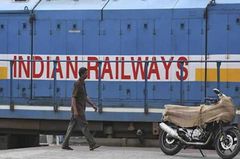 Railways to Generate 8 Lakh Workdays of For Migrants in Projects, Identifies Jobs Under MGNREGS