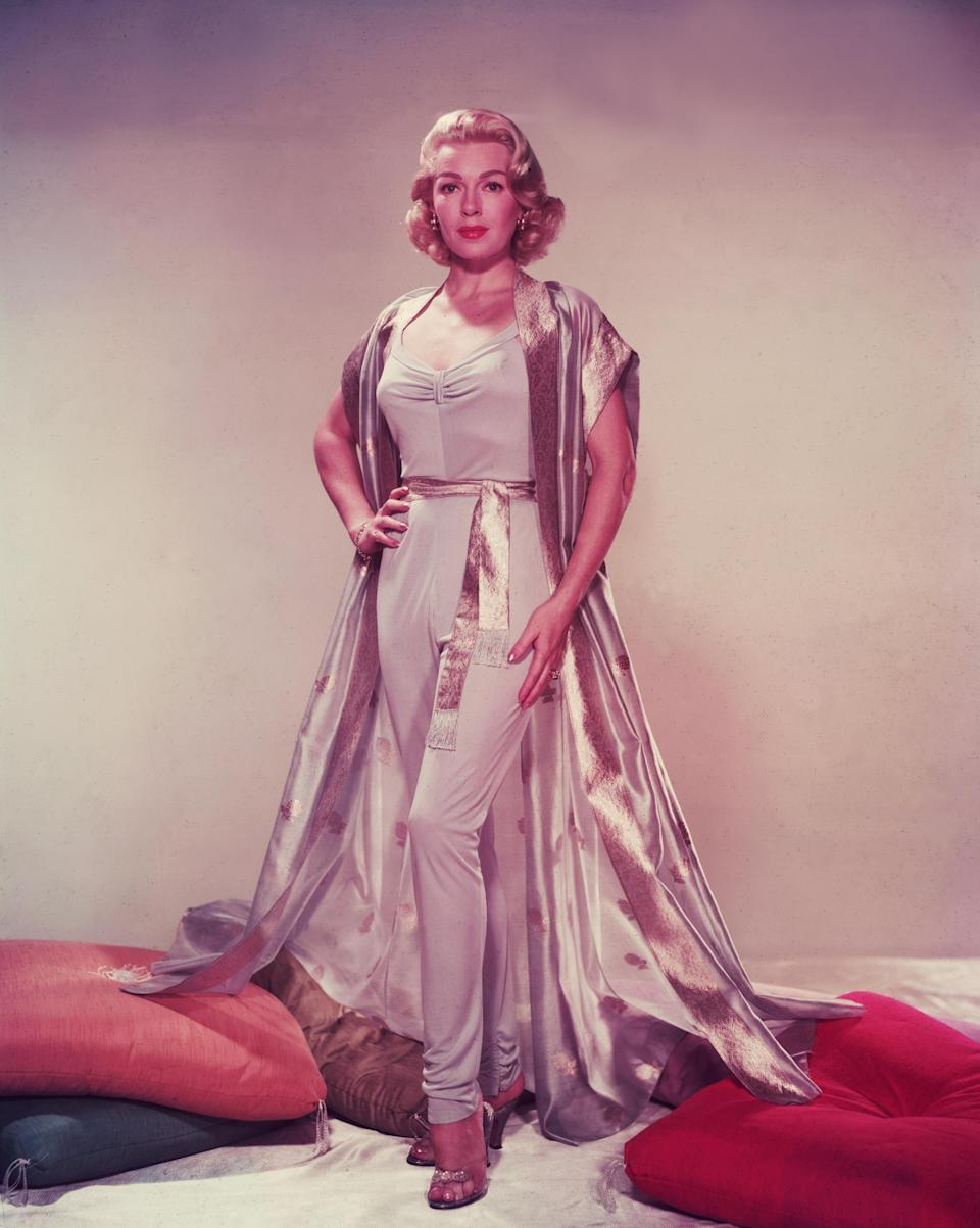 <p>The Hollywood actress posed in a V-neck jumpsuit back in 1955, showing that the style has been around for at least six decades. (Photo: Hulton Archive/Getty Images) </p>