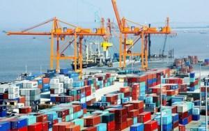 <strong>Hai Phong seaport has the largest flow of goods in northern Vietnam with modern facilities and synchronized infrastructure according to international trade.</strong>