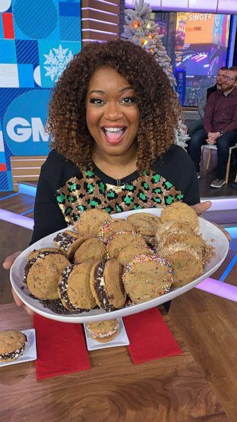 PHOTO: Food Network's Sunny Anderson holds her eggnog ice cream sandwiches and trough cookies. (ABC)