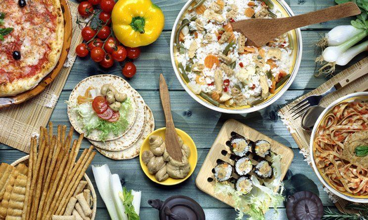 A new study shows that the Mediterranean diet lowers the risk of memory issues as you age. (Photo: Getty Images)
