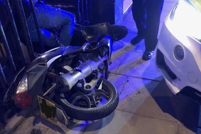 A wanted moped rider who fled from police by riding at officers failed in his second escape attempt a few hours later, Scotland Yard has said: PA