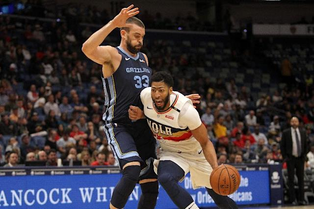 Marc Gasol (L) is heading to Toronto but Anthony Davis (R) is staying put as the NBA's trade deadline expired (AFP Photo/Chris Graythen)