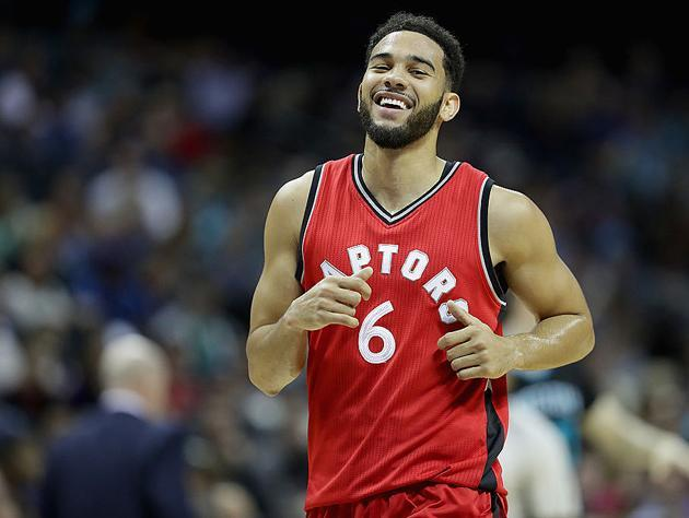 "<a class=""link rapid-noclick-resp"" href=""/nba/players/4911/"" data-ylk=""slk:Cory Joseph"">Cory Joseph</a> finds the light. (Getty Images)"