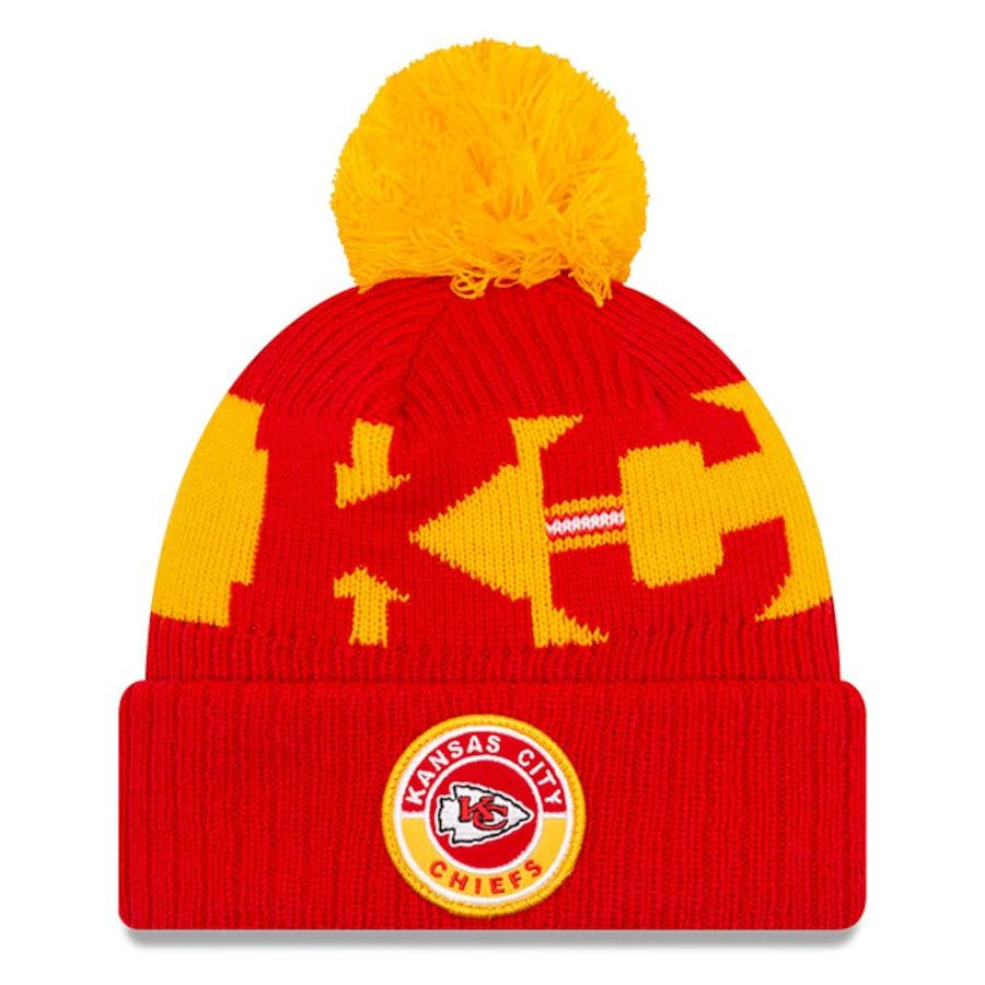Support your favorite NFL team this winter with our picks for the best cold weather accessories
