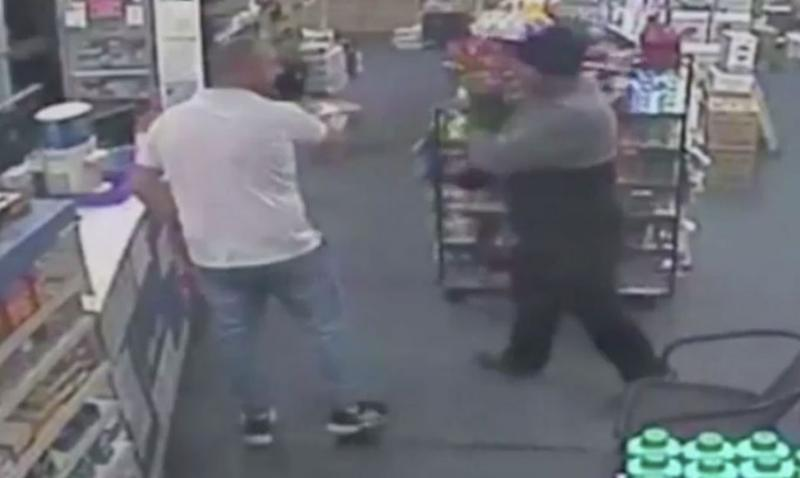 Pharmacist Tom Hayek confronts the offender. Source: 7 News