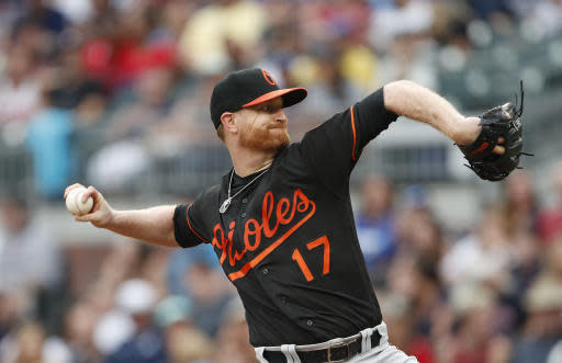 Baltimore Orioles starting pitcher Alex Cobb (17) works against the Atlanta Braves in the first Inning of a baseball game Friday, June 22, 2018, in Atlanta. (AP photo/John Bazemore)