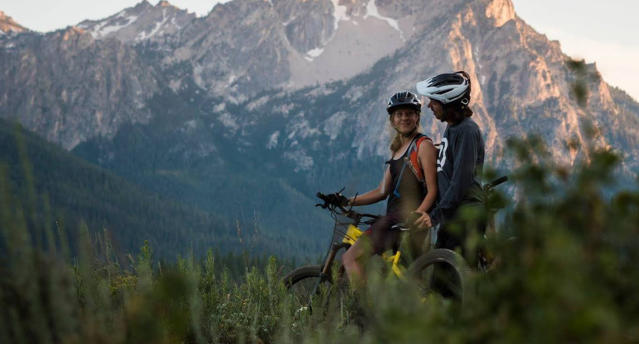 The couple were keen downhill bike riders. Image: Facebook/Stepehn Graham