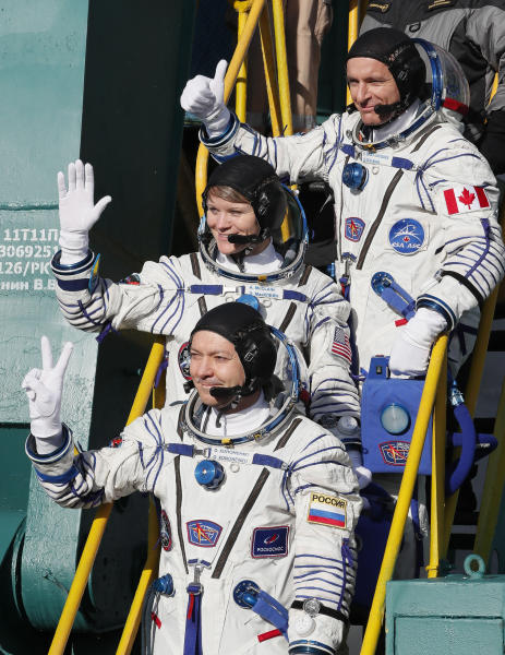 Soyuz rocket: First astronauts to launch since October failure