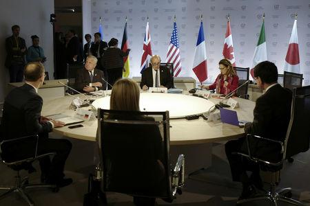 Foreign Ministers attend the round table during the G7 Foreign Ministers meeting in Dinard, France April 5, 2019. Thibault Vandermersch/Pool via REUTERS