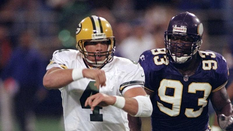 2ad75509 Vikings used to keep Brett Favre jerseys on tackling dummies