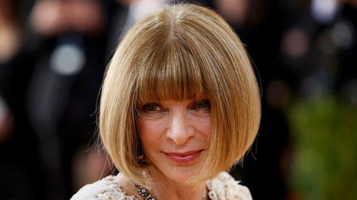 """Anna Wintour, editor-in-chief of American Vogue magazine, arrives at the Metropolitan Museum of Art Costume Institute Gala (Met Gala) to celebrate the opening of """"Manus x Machina: Fashion in an Age of Technology"""" in the Manhattan borough of New York, May 2, 2016. REUTERS/Eduardo Munoz"""