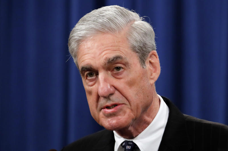 Robert Mueller's brief remarks get wall-to-wall coverage