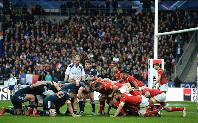 <span>Wayne Barnes wouldn't award France a penalty try</span> <span>Credit: REX FEATURES </span>