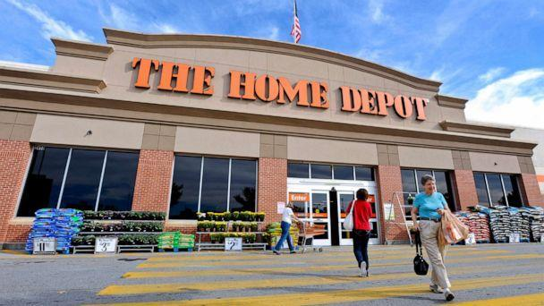 PHOTO: Customers walk outside a Home Depot store in Atlanta, Oct. 28, 2010. (Erik S. Lesser/Bloomberg/Getty Images, FILE)