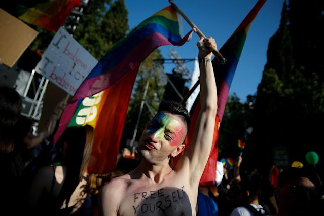 <p>A participant is pictured at a Gay Pride parade in Athens, Greece June 9, 2018. (Photo: Costas Baltas/Reuters) </p>