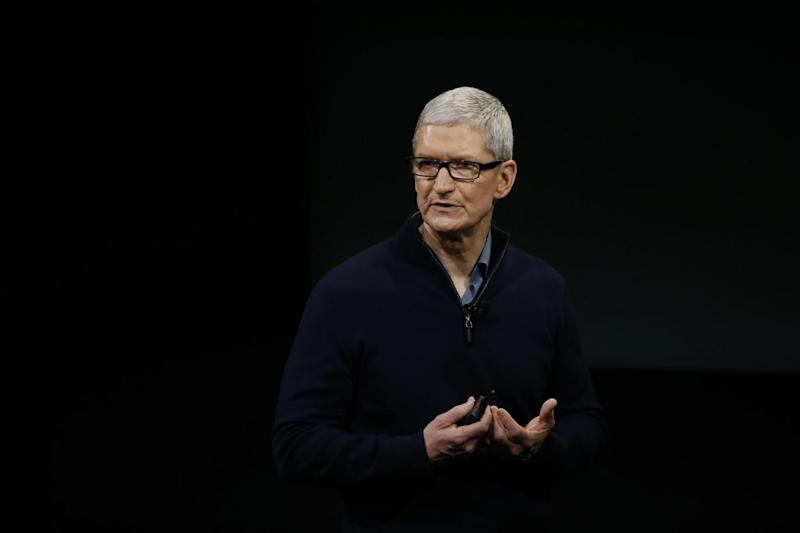 Apple CEO Tim Cook (Photo by Stephen Lam/Getty Images)