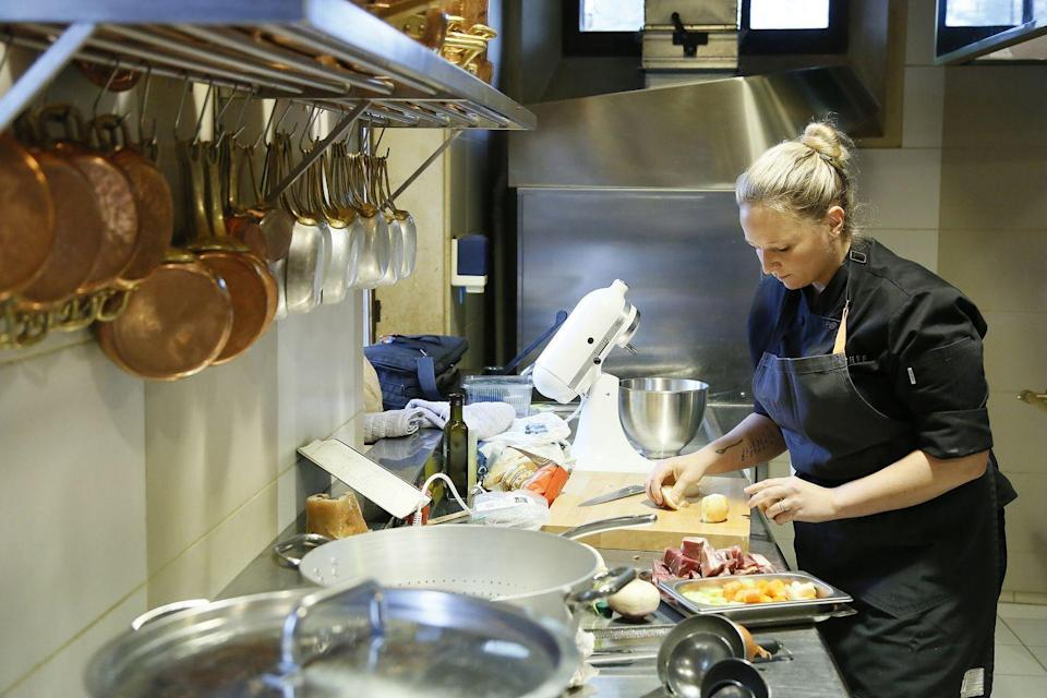 """<p>According to a 2007 interview, contestants must make<a href=""""https://www.nydailynews.com/life-style/eats/lowdown-making-top-chef-article-1.225838"""" rel=""""nofollow noopener"""" target=""""_blank"""" data-ylk=""""slk:two of each dish"""" class=""""link rapid-noclick-resp""""> two of each dish</a>—one for photos, the other for the judges.</p>"""